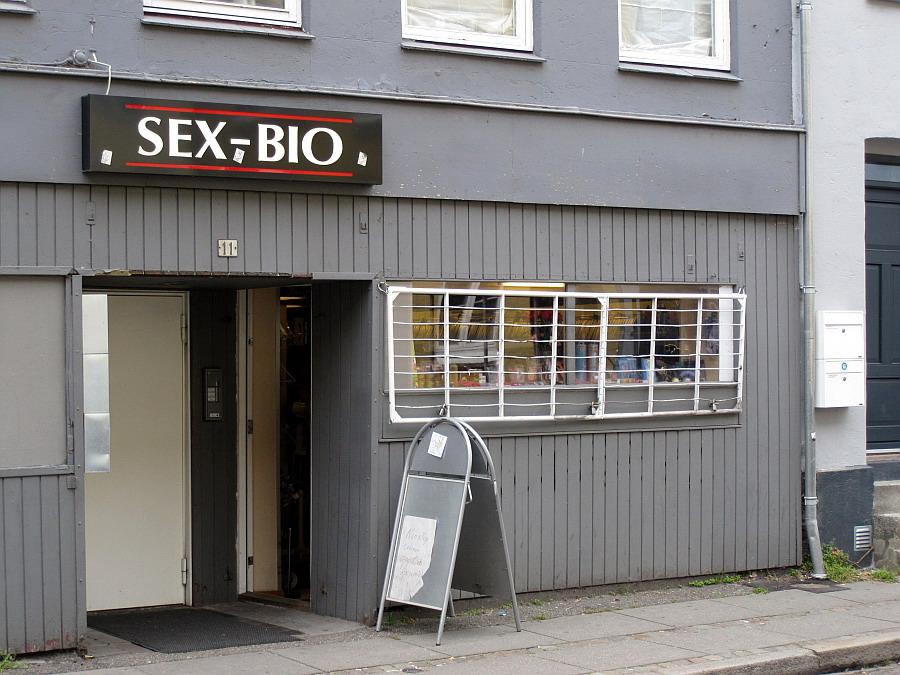 Biografer i Århus hår valg ikast
